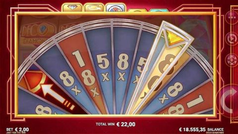 Deco Diamonds Fun Slots by Microgaming with 9 Reel and 9 Line